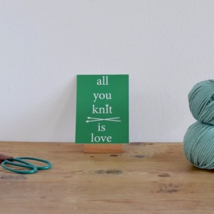 "Ansichtkaart ""All you knit is love"""