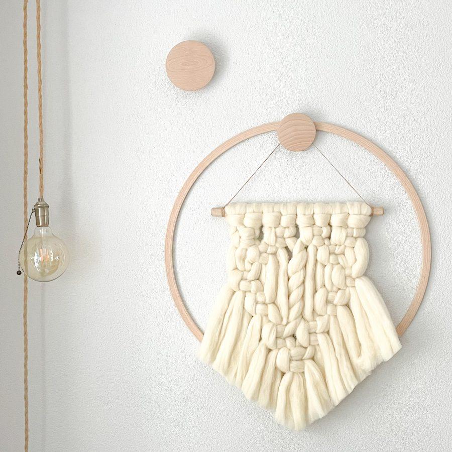 wandhanger macramé wol